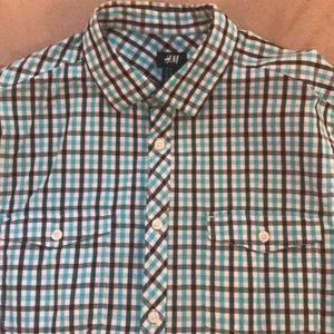 H&M Shirts - Short sleeve button down shirt